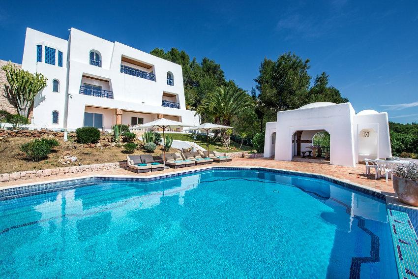 5 Bedroom Moorish Villa, Elegant & Exotic