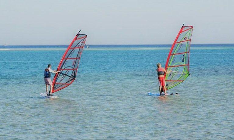 Learn windsurfing in Luz - Lagos