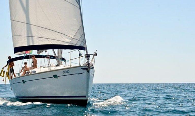 Private sailing in Portimão – full-day