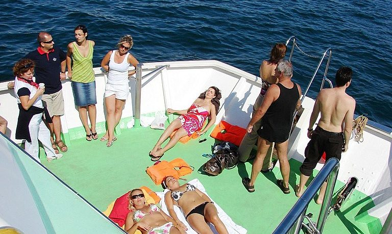 Boat tour with SUP in Vilamoura