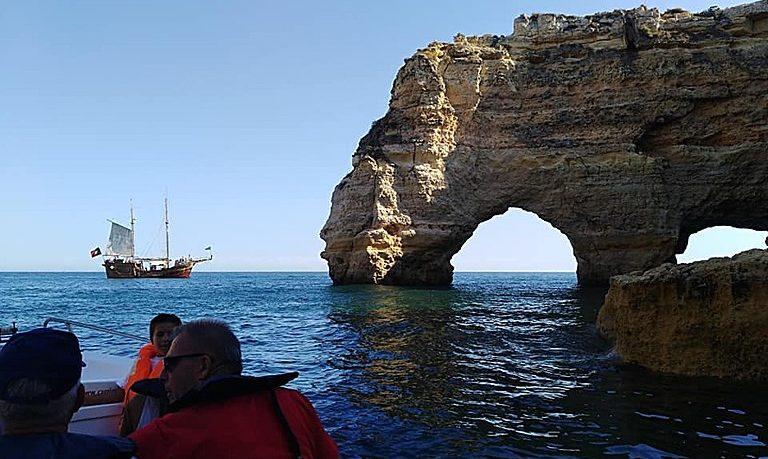 Boat cruise to Benagil from Ferragudo
