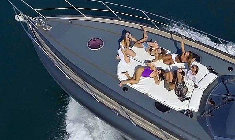 Private motor yacht in Vilamoura - morning