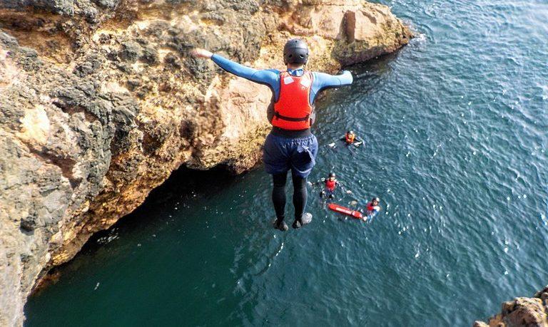 Pack: SUP + Coasteering in Lagos