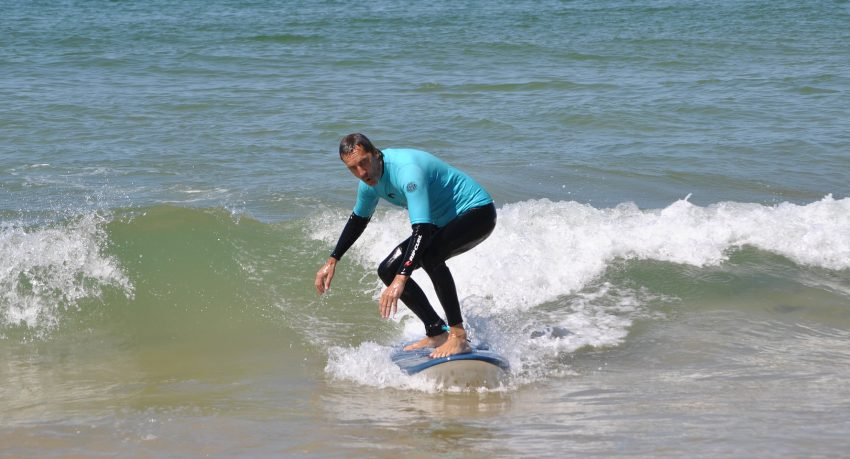 Half-day surfing in Albufeira