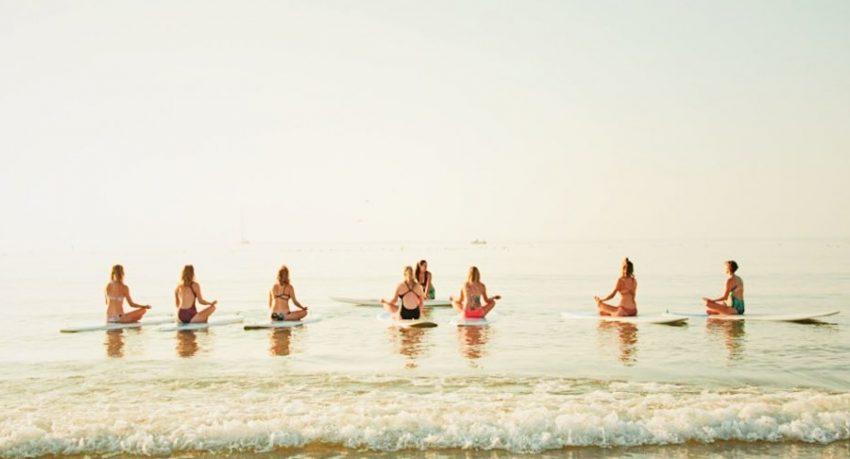 SUP Yoga in Lagos - Praia da Luz