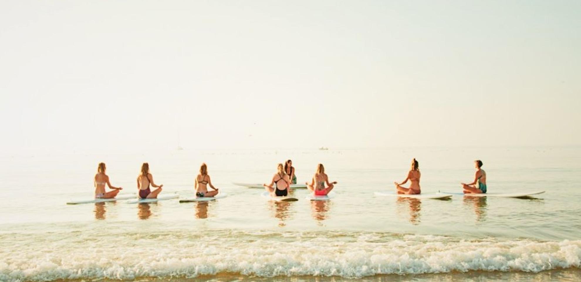 SUP Yoga in Lagos – Praia da Luz